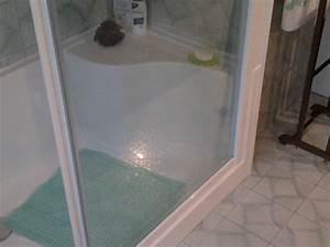 Sostituzione vasca con doccia: la ristrutturazione bagno