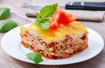 cuisine lasagne facile lasagnes à la bolognaise supertoinette la cuisine facile