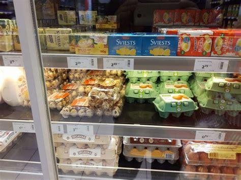 Sviesta paciņas cena veikalu plauktos pārsniegusi 2 eiro ...