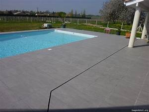 terrasse piscine carrelage gris With carrelage terrasse piscine