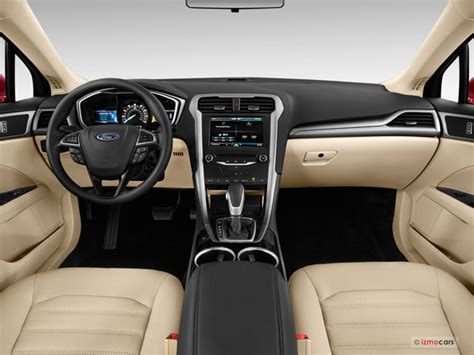 2014 Ford Fusion Hybrid Pictures