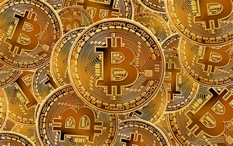 The next 3 million bitcoins will be progressively slower to mine as a result of block reward both walch and brody suggested that bitcoin's 21 million supply cap might one day be subject to change. « 21 Millions » : un podcast qui raconte l'histoire du Bitcoin - Actu Crypto.info : Site d ...
