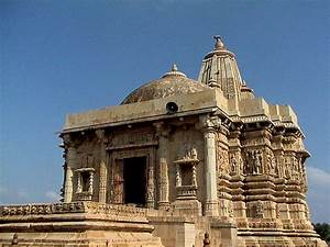 The Legendary Fort of Chittorgarh | India Heritage Sites
