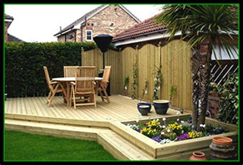 fence craft fencing leeds decking leeds