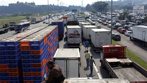 Brazil Reaches Deal To End 7day Truckers' Strike