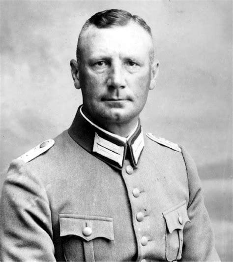 siege bred of wehrmacht generalleutnant fritz kühlwein