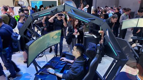 acer doubles its outrageous gaming chair with the thronos air