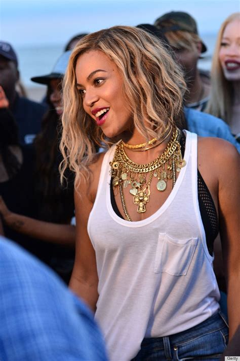 We Can't Take Our Eyes Off Beyonce's Statement Necklace