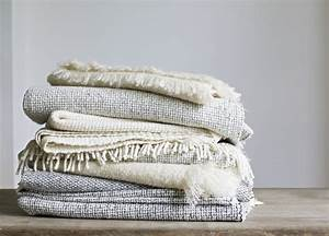 Throw blankets for spring and summer