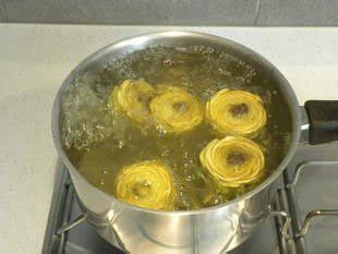cuisiner les fonds d artichauts cuisine facile com comment préparer des artichaut violets