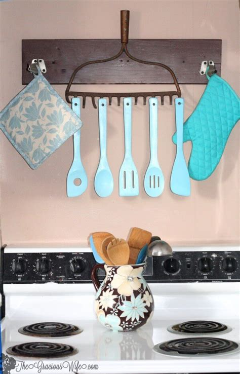 Creating a big letter for decor your kitchen wall this kitchen wall decor is simple and elegant style. 35+ Best DIY Farmhouse Kitchen Decor Projects and Ideas for 2020