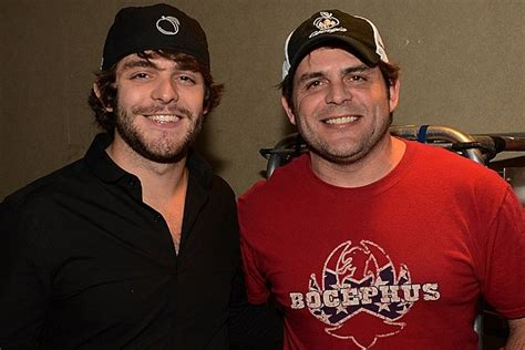 rhett and akins thomas rhett and dad rhett akins make country music history