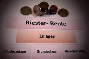 Zulagenstelle Riester Entnahme : vertrag zur riester rente abschlie en und zulagen erhalten ~ Lizthompson.info Haus und Dekorationen