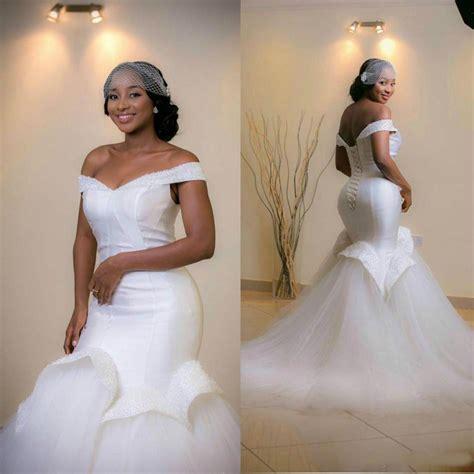 Elegant Off Shoulder Mermaid Wedding Dresses 2016 Ruffle