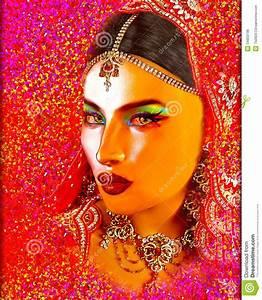 Peinture Visage Femme : l 39 art num rique abstrait du visage de la femme indienne ou asiatique se ferment avec le voile ~ Melissatoandfro.com Idées de Décoration