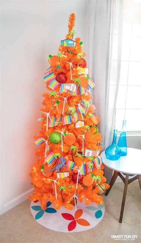 diy palm springs christmas decorations   orange