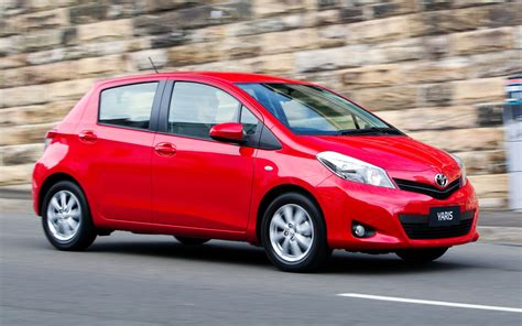 Review Toyota Yaris by Toyota Yaris Yr Review Caradvice