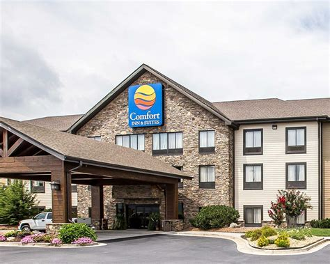 comfort inn and suites ga comfort inn suites blue ridge ga