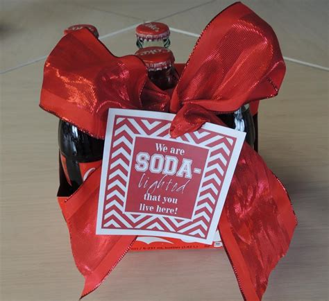 move  gift  soda lighted