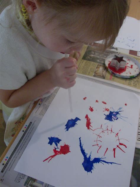 crafts for 4th of july 4 patriotic kids crafts for independence day mommysavers