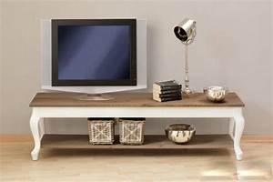 Holz Tv Möbel : tv m bel aus holz kreutz landhaus magazin ~ Markanthonyermac.com Haus und Dekorationen