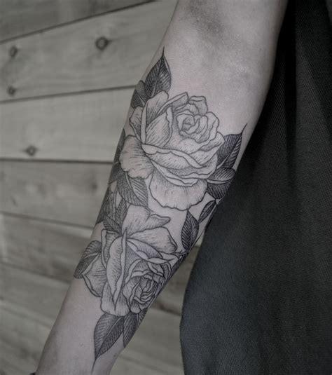 photo tatouage rose avant bras