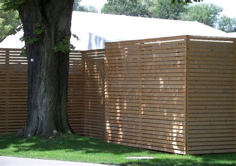 Einfach Gestaltung Garten Sichtschutzwaende Terrassentrennw 228 Nde Material Und Stil