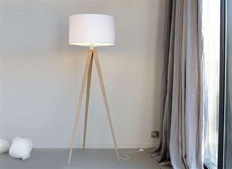 chambre avec meuble blanc ladaire design pied bois achatdesign