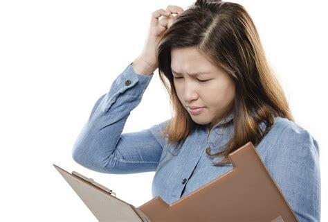 penyebab dan cara mengatasi kulit kepala gatal alodokter