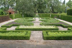 Harmonious Formal Garden Layout by File Part Of Formal Gardens Kew Palace Jpg Wikimedia Commons