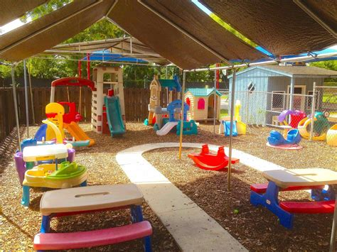the images collection of layout preschool playground 785 | layout preschool playground design ideas for two