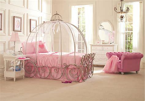 chambre fille princesse disney décoration d 39 une chambre de princesse