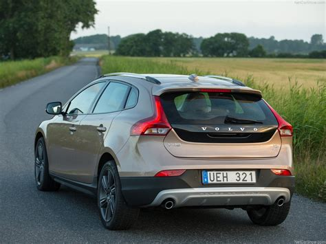Volvo V40 Cross Country Picture by Volvo V40 Cross Country 2014 Picture 17 1024x768