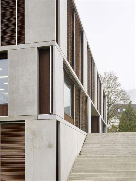 Beton Holz Fassade by Lernwelt Im Quadrat Schweizer Schulhaus Moor