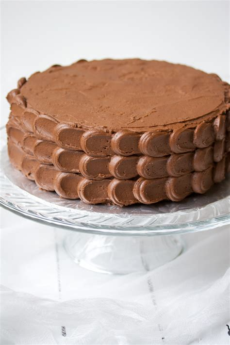 chocolate cake  chocolate buttercream frosting