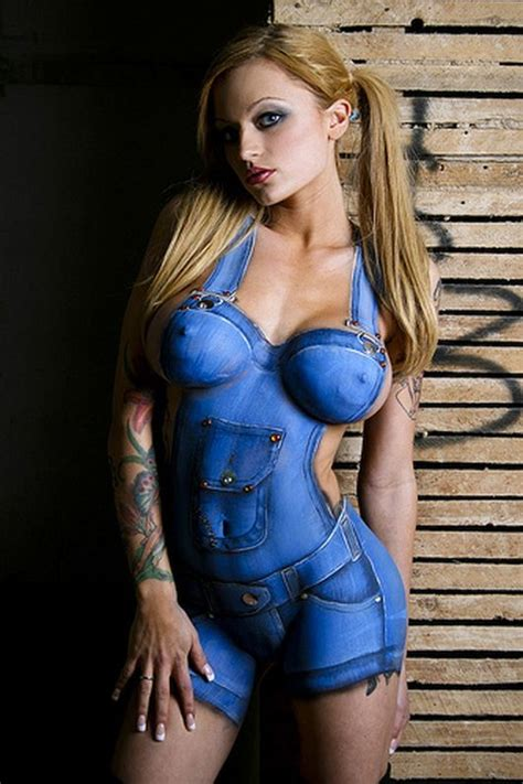 World Amazing Photos Sexy Women Body Art