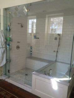 stehle mit ablage elegantes bad mit dusche und wanne hinter glaswand bad badezimmer badewanne und bad