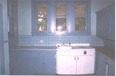 early youngstown kitchens dishwasher looks to be