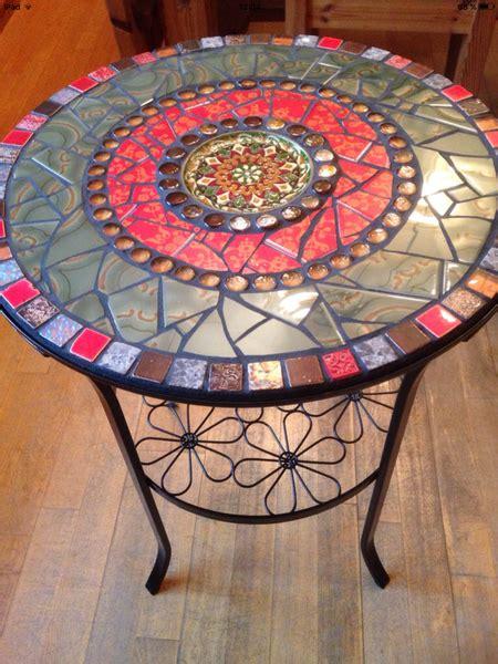 mosaiktisch mit stühlen beistelltische mosaik tisch beistelltisch garten bistrotisch ein designerst 252 ck