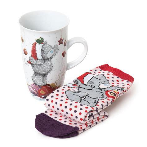 christmas me to you bear mug and socks gift set g01g0366