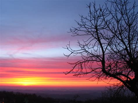 Alba - Viaggi, vacanze e turismo: Turisti per Caso