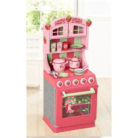 Strawberry Shortcake Kitchen Set   Toys R Us 1001325