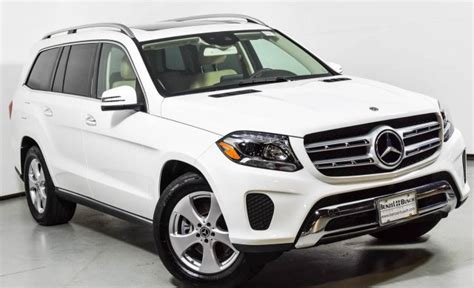 This 450 4matic variant comes with an engine putting out and of max power and max torque respectively. 2018 Mercedes-Benz GLS 450 4MATIC SUV | Polar White U15114