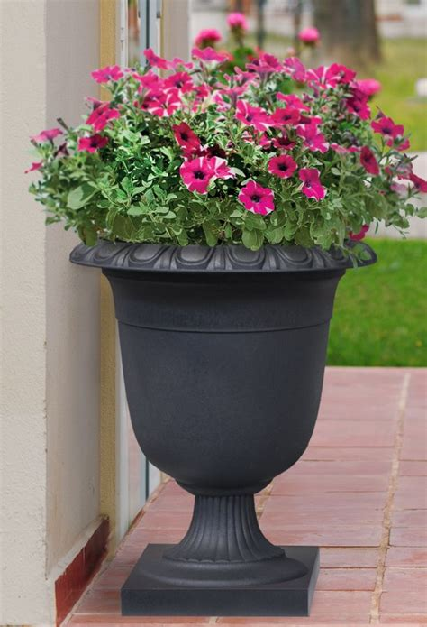 cm recycled  watering rubber crescendo urn slate
