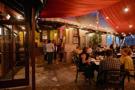 moonshine patio bar and grill in downtown austin