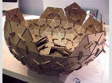 Esfera geodésica de carton por encaje de presión Se corta