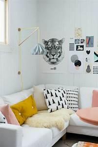 Coussin Style Scandinave : 1001 id es de d cors avec couleur moutarde des conseils ~ Teatrodelosmanantiales.com Idées de Décoration