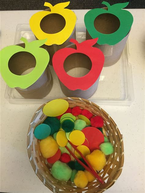 apple sorting activity begin by cutting out apple shapes 315 | 616ee5e79a6f76af508b0605e6d74d7b sorting activities apple activities preschool