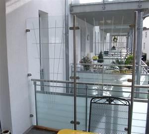 Milchglas Für Balkon : windschutz balkon ~ Markanthonyermac.com Haus und Dekorationen