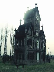 architecture steampunk gothic victorian Haunted House